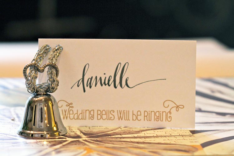WEDDING BELL CARD1