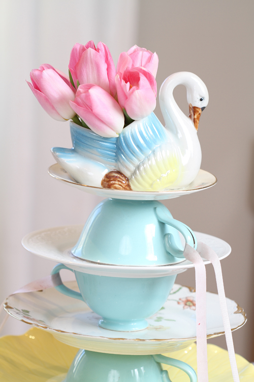 Swan three tier