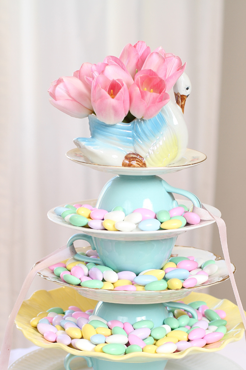 Cake stand with almonds